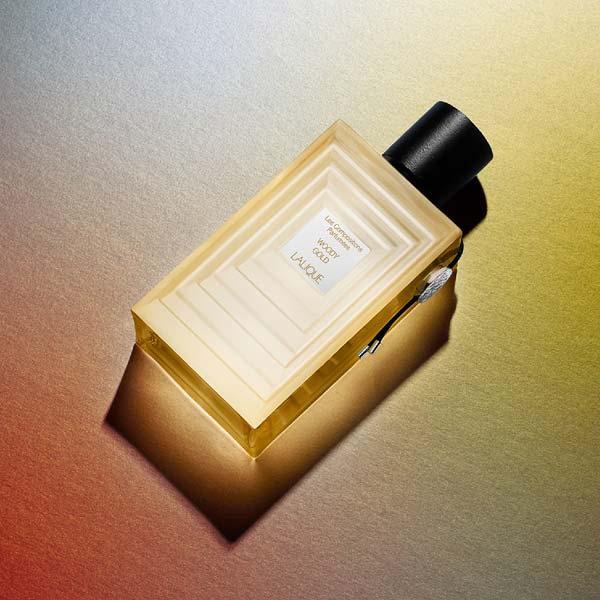 عطر ادکلن لالیک مدل Oriental Zinc